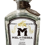 Miel de Tierra Joven Bottle Image
